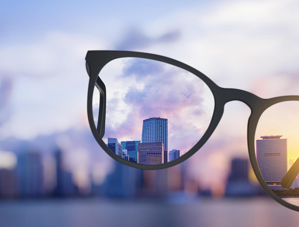 Så enkelt köper du kompletta glasögon online